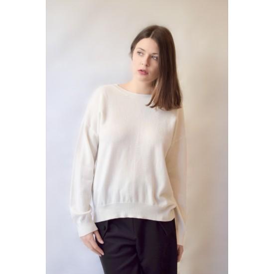 White Lys sweater